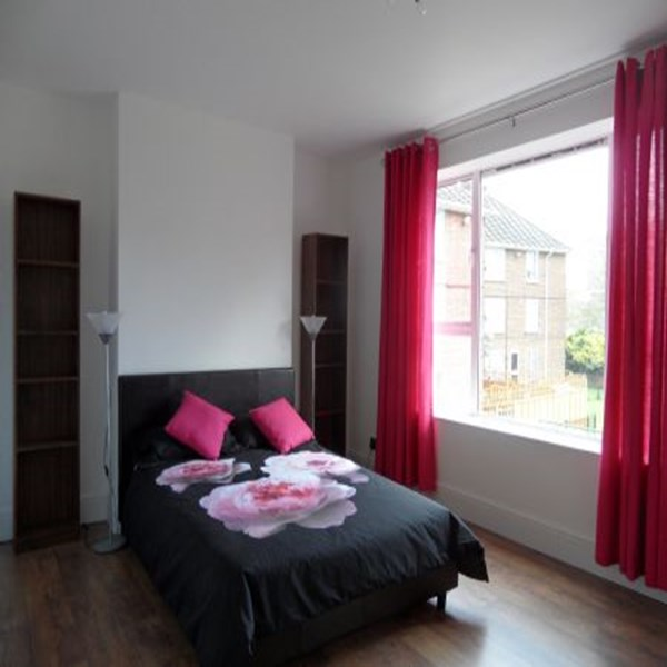 Rent my 4 bed Flat, East London